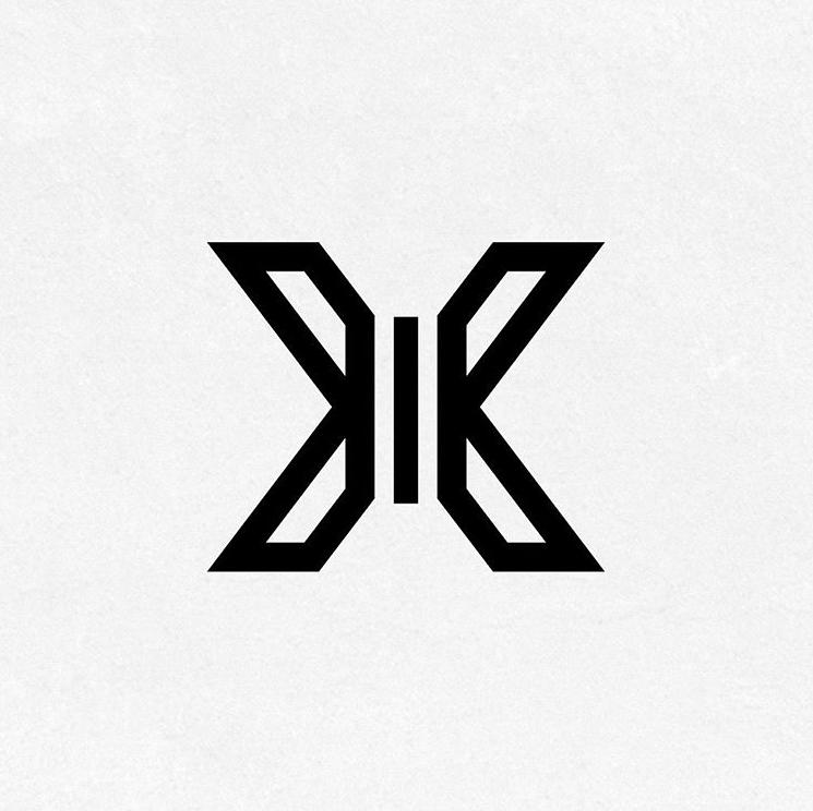 韓国男性アイドルグループX1のロゴ